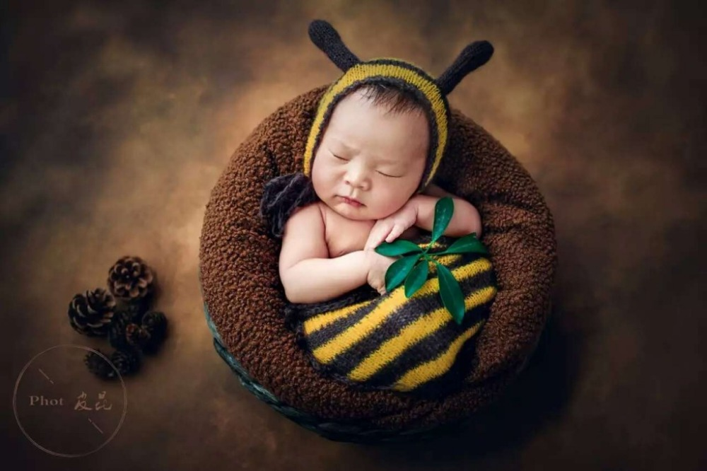 Newborn snuggle sack baby mohair bee hat newborn animal newborn swadle wrap prop in sleepsacks from mother kids on aliexpress com alibaba group