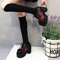 Новый 2017 Весна Goth Punk Лолита Цветок Зашнуровать Насосы Платформы дамы Блок Коренастый Высокие Каблуки Обувь Для Взрослых Женщин Искусственной Кожи PU