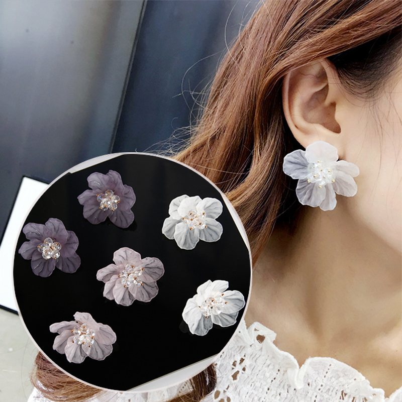 LNRRABC 1Pair 3D Flower Camellia Earrings Charm Temperament Crystal Big Acrylic Gril Ear Stud Petals Women Jewelry Gift