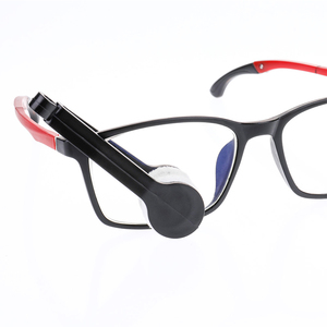 Image 5 - 1 قطعة مكبرة النظارات حالة حامل ملحقات السيارات أدوات تنظيف النظارات المحمولة متعددة الوظائف مسح أداة