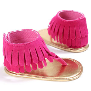 Летние сандалии с кисточками для новорожденных мальчиков и девочек, обувь на мягкой подошве для маленьких девочек 0-18 месяцев