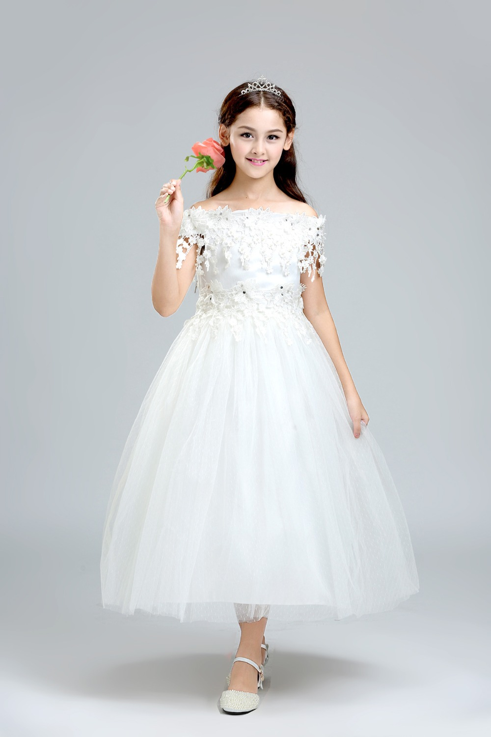 58107c7bf Aliexpress.com   Buy Appliques Lace Flower Girl Dresses for Wedding ...