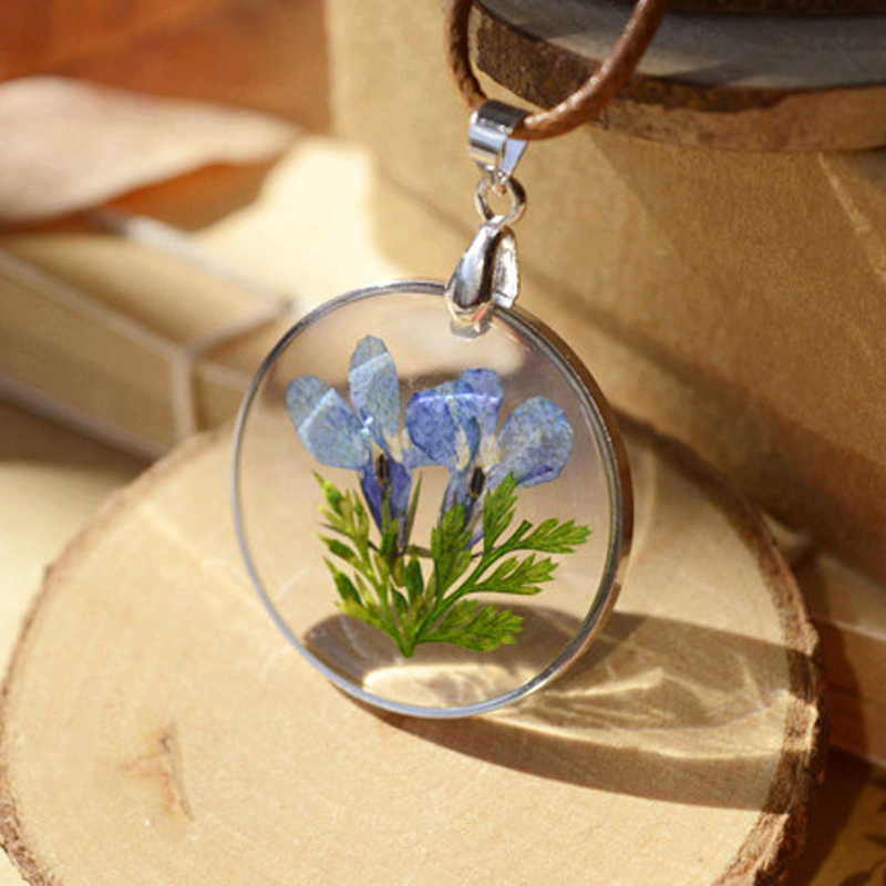 LIEBE ENGEL Delicate Real Dried Flowers Necklace 1