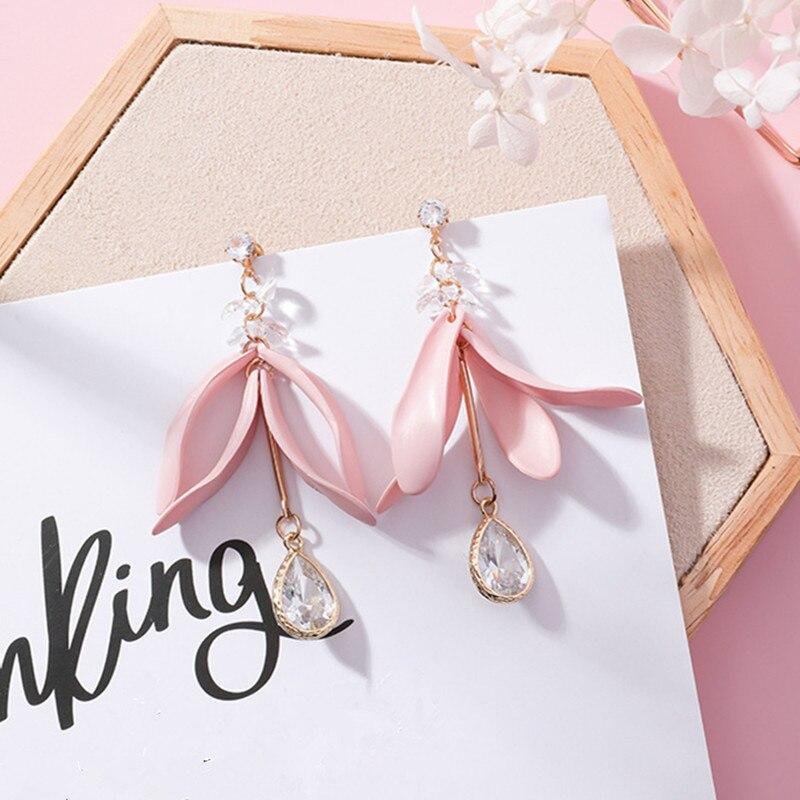 New Fashion Petal Flower Tassel Earrings for Women Elegant Water Drop Crystal Pendant Dangle Jewelry Earring Brincos Gift EC655