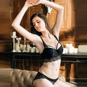 Image 4 - Termezy 2019 sexy conjunto de sutiã de renda 3/4 xícara push up sutiã lingerie ajustável conjuntos para mulher 70 85a b c cup frete grátis