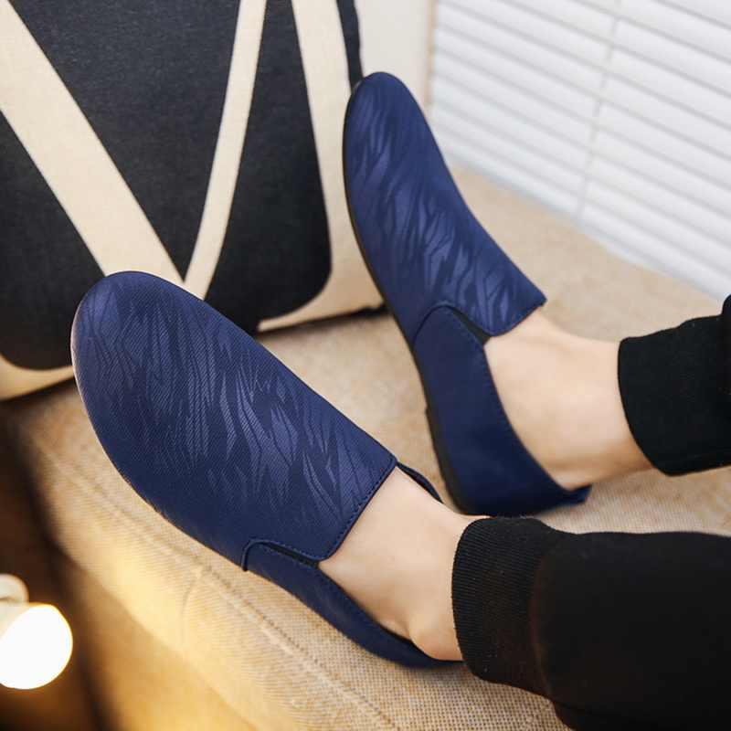 Mannen Slip Op Loafers Sneakers Ademend Confort Licht Lederen Mannelijke Casual Platte Schoenen Ondiepe Jeugd Mannen Vulcaniseer Schoenen
