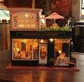 Grande modelo de montagem DIY casa de bonecas em miniatura com luz música bonito paris café presentes do dia dos namorados DIY brinquedos