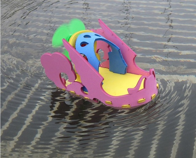 Battery power ships educational toy intelligence toys fancy Elementary science toys EVA Bricolage