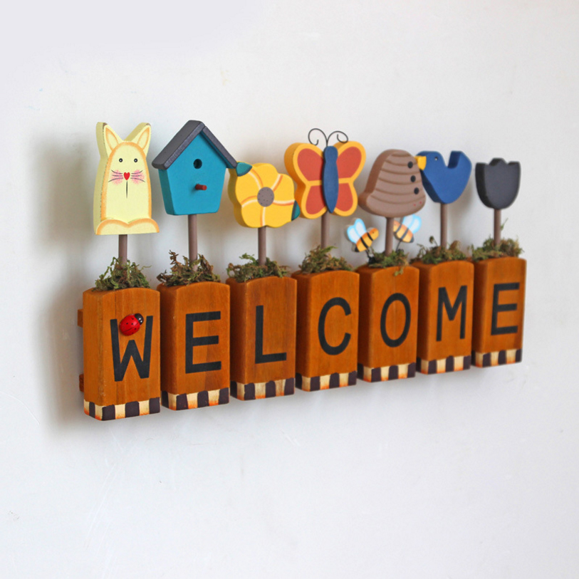 Pastoral wood letters welcome crafts cute wedding rooms for Welcome home decorations