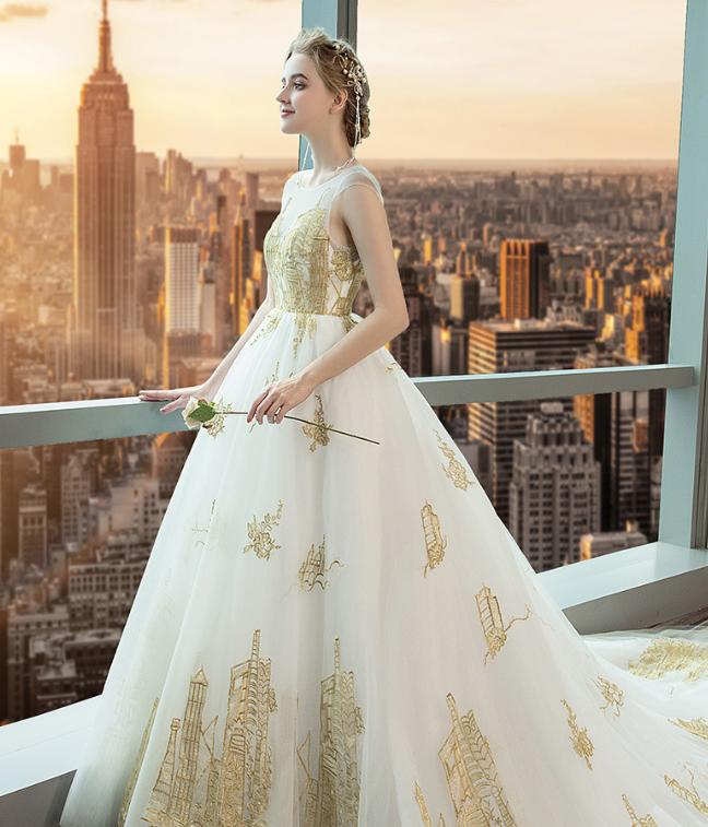 VENSANAC Illusion O Neck Luxury Gold Lace Appliques Ball Gown Wedding Dresses 2018 Chapel Train Backless Bridal Gowns in Wedding Dresses from Weddings Events