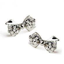 цена 100% 925 sterling silver fashion shiny crystal bowknot ladies`stud earrings jewelry women Anti allergy drop shipping gift в интернет-магазинах