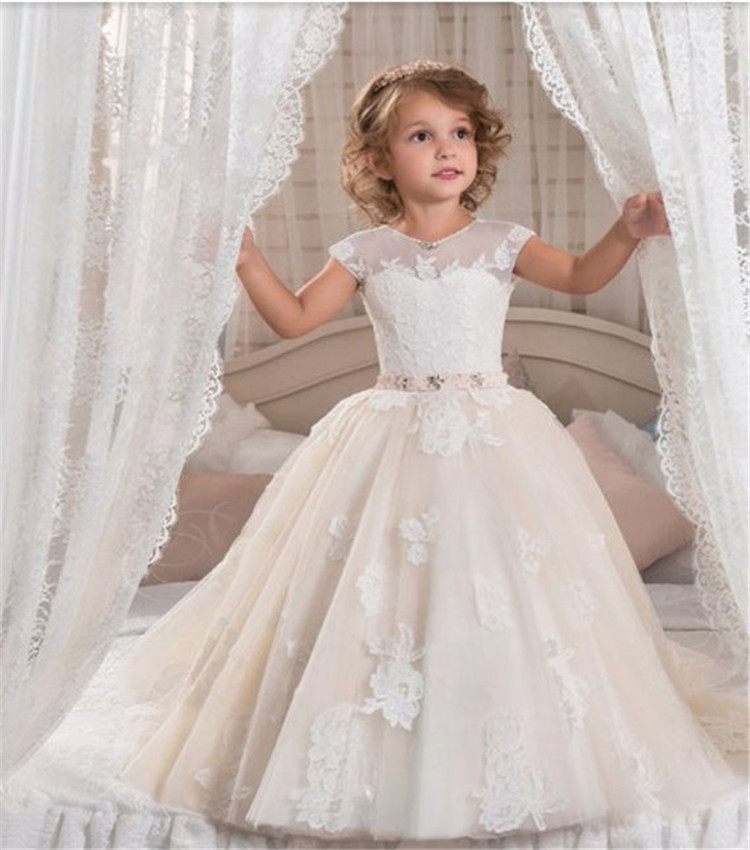 Customized Ball Gowns with Pink Belt Tulle Lace Up Beading 3D Floral Appliques Beautiful   Flower     Girl     Dress   For Communion Prom