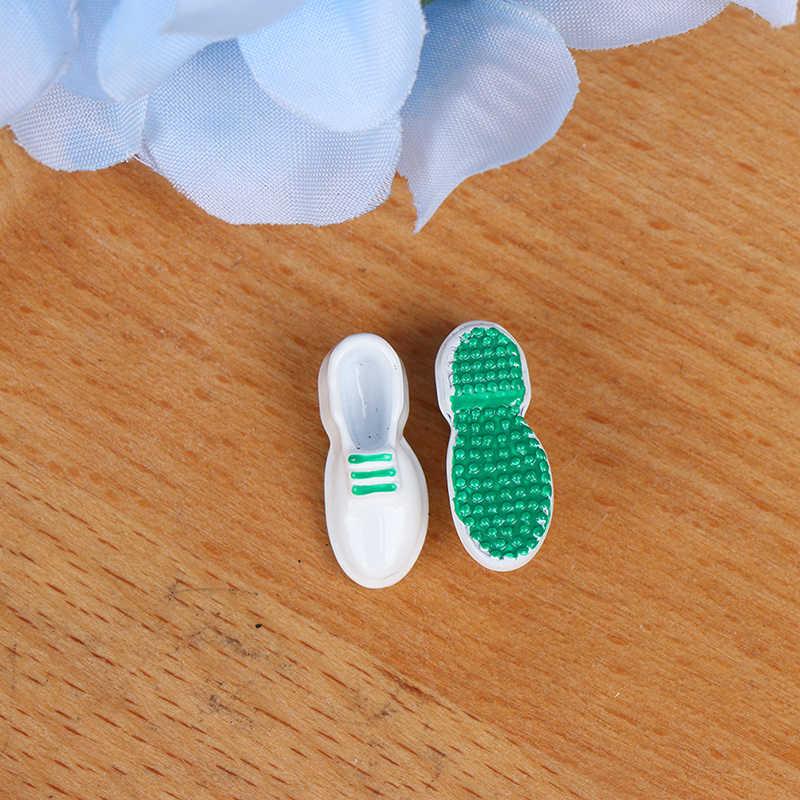 1/12 Poppenhuis Miniatuur Accessoires Mini Metalen Lederen Schoenen Simulatiemodel Speelgoed voor Poppenhuis Decoratie