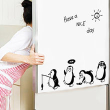 Pegatinas de pared de dibujos animados para habitaciones de niños tienen un buen día pegatinas de pingüino en la pared decoración de la habitación del refrigerador Muursticker decoración de pared(China)