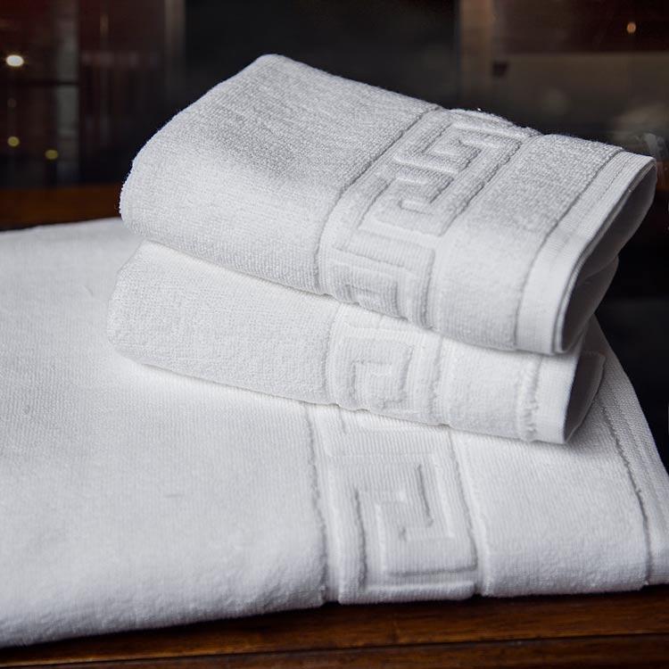 Blanc 3 pièces Ensemble de Serviette de Bain 100% Coton Grande Muraille À Carreaux de Douche En Microfibre Serviettes De Noël Vs Sucre Crâne Serviette Turque LZA032