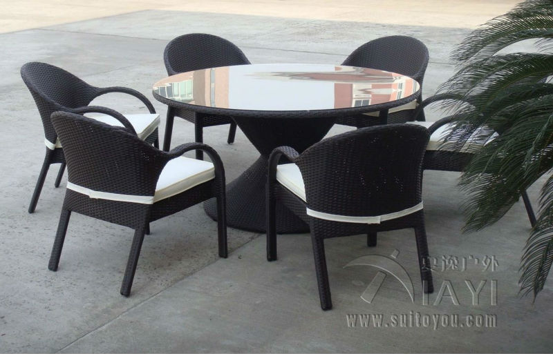 7 pcs Rattan Garden Dining Sets With Bench , Patio Table And Chairs Set transport by sea new pe rattan dining chairs with tempered glass