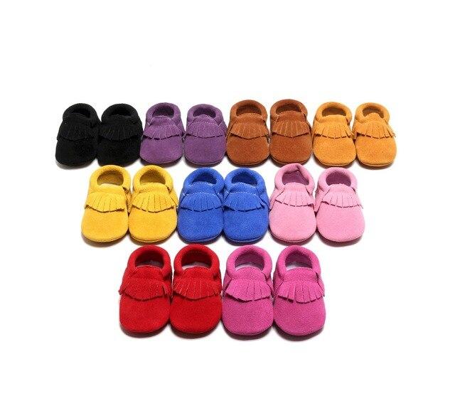 Comercio al por mayor 100 par/lote high top de cuero de gamuza verdadero toque suave bebé caminar Bebé mocasines botines botas de suela de Goma del zapato de bebé