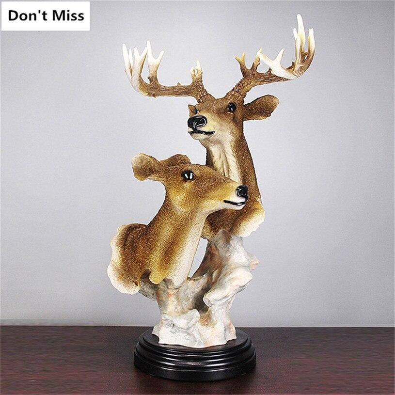Décoration de la maison Accessoires Un Couple de Deer Head Statue Simulation Ornements Décor de Tête D'animal Sculpture Festival Cadeaux Artisanat