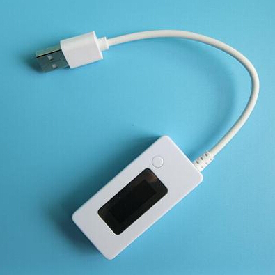 KCX-017 Weiß schwanz amperemeter LCD display Mini USB Spannung Strom kapazität Monitor tester meter 3 v-7 v Detektor mobile power tester