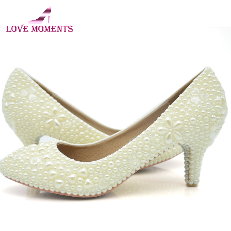 Custom-made Simple Pearl Wedding Dress Shoes Ivory Color Middle Heel Sapatos Femininos Women Ladies Shoes Woman Valentine ShoesCustom-made Simple Pearl Wedding Dress Shoes Ivory Color Middle Heel Sapatos Femininos Women Ladies Shoes Woman Valentine Shoes