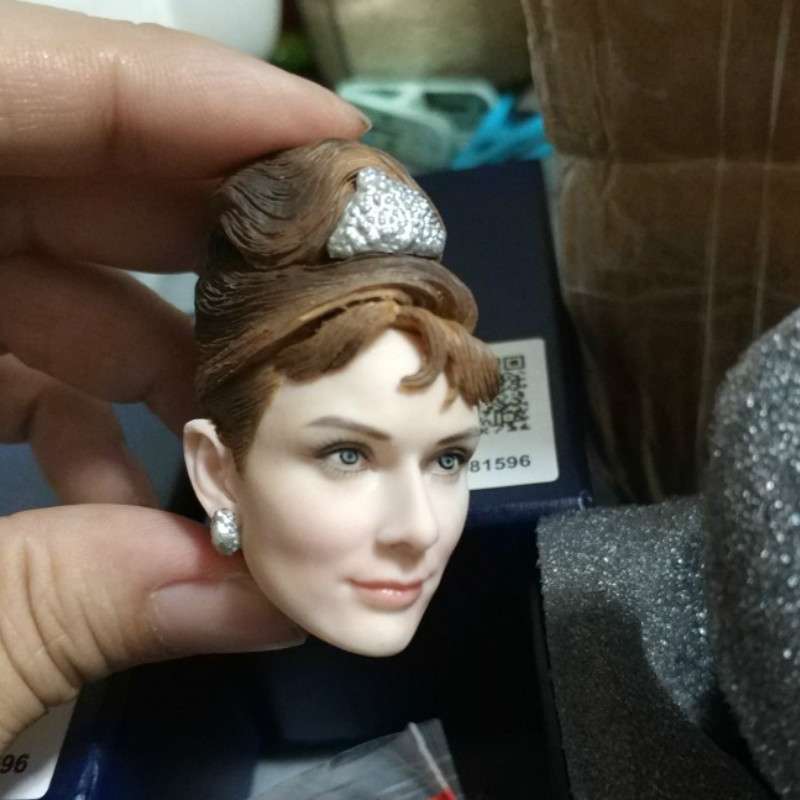 """Female Head Carving 1/6 Breakfast at Tiffany's Audrey Hepburn Head Sculpt F 12"""" Female Figure Body for PH Body Figures-in Action & Toy Figures from Toys & Hobbies    1"""