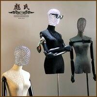 Человеческого тела полые Глава Половина длина ткани женские реквизит женщины ткань манекен с деревянным оружием