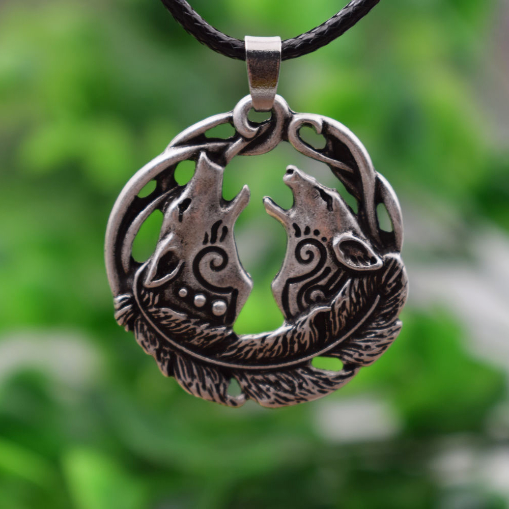 SanLan 1pcs Valknut Odin Viking Antique Silver Wolf Couple Pendant celtico Necklace Norse Vintage