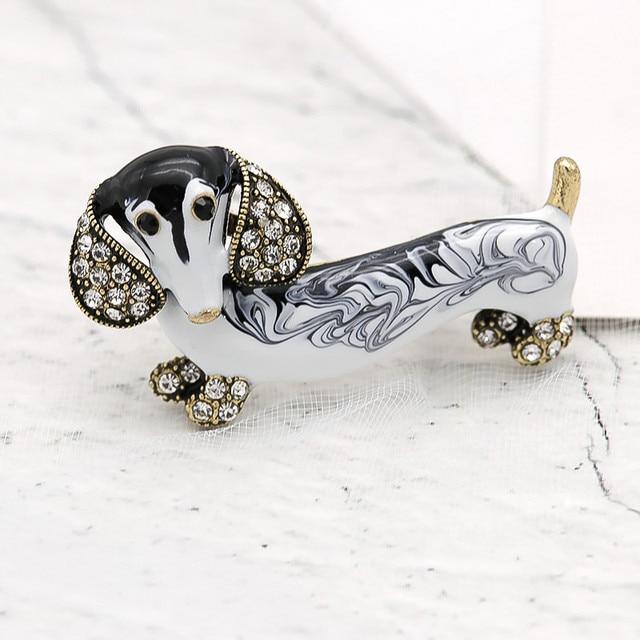 ALLYES Cute Dachshund Dog Brooches For Women Fashion Metal Crystal Enamel Animal Brooch Jewelry 3