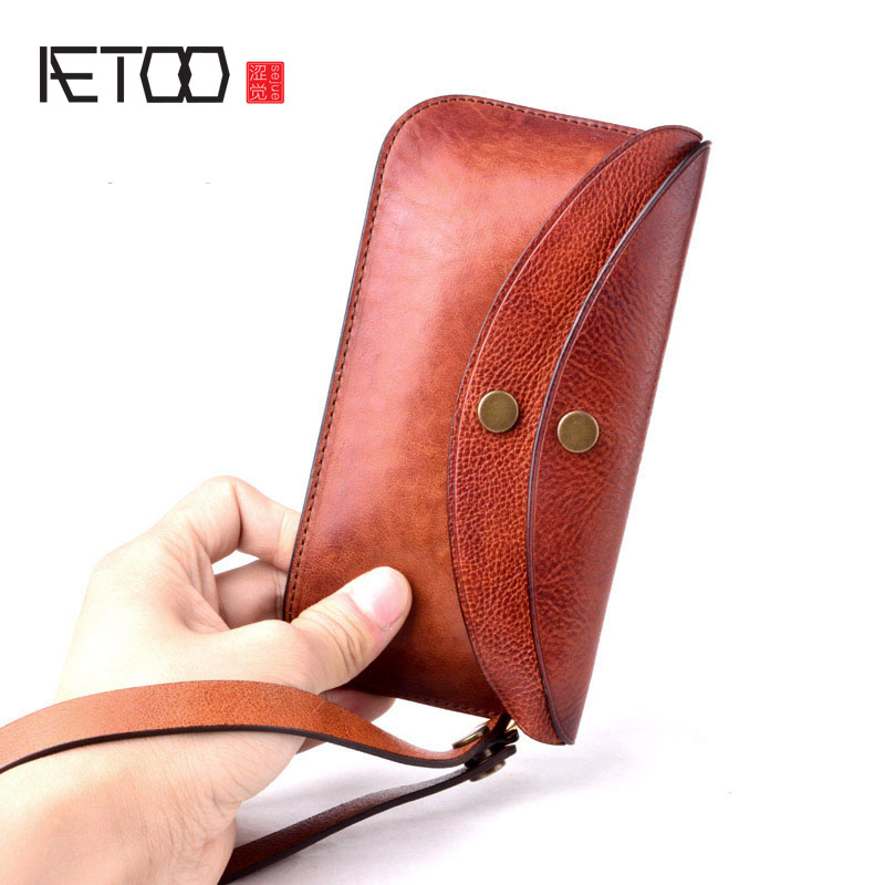 AETOO New tanned leather men's mobile phone bag leather men's multi-function hand retro handmade casual wallet aetoo spring and summer new leather handmade handmade first layer of planted tanned leather retro bag backpack bag