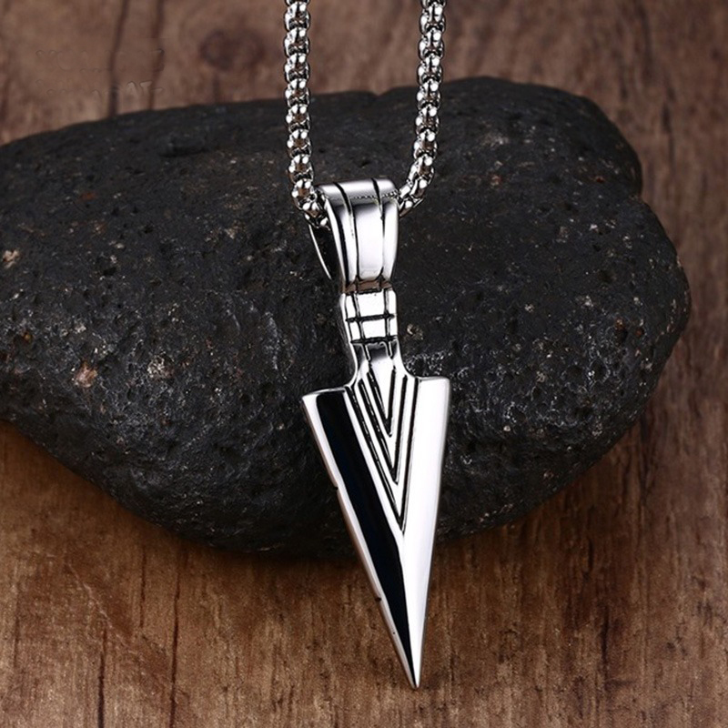 Striking Men's Vintage Spearhead Arrowhead Pendant Necklace for Men Special Surf Bike Chocker Stainless Steel Jewelry vintage ivory decorated carving stainless steel pendant necklace