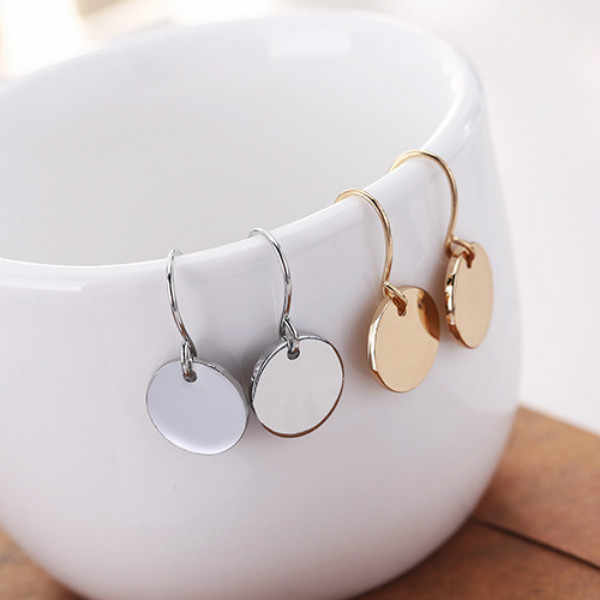New Earrings Jewelry Mini Metal Geometric Earrings For Women Earrings Round Wafer Women Gift Fashion Wholesale