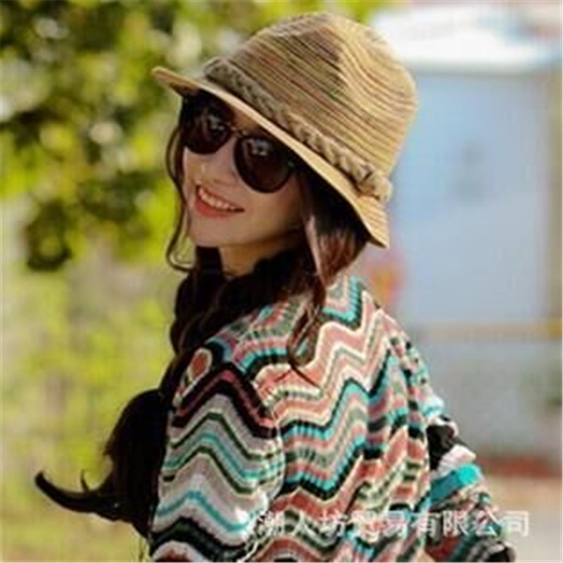 2016 Coreano verão novo pimentão pequeno feminino Britânico jazz chapéu de palha  chapéu de praia chapéu de Viagem chapéu de sol viseira a5ddb96e8ee