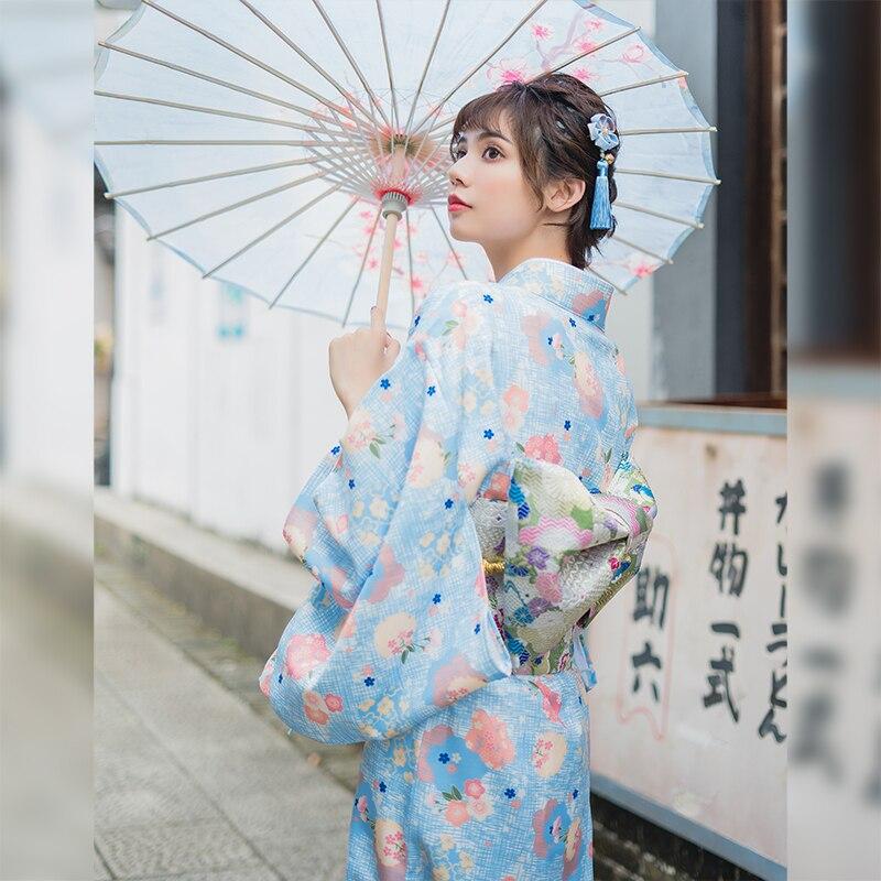 Kimono pour femme Robe traditionnelle japon Yukata couleur bleu clair imprimé Floral Robe d'été performance porter des vêtements Cosplay