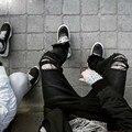 Diseñador estrenar men jeans negro flaco ripped Stretch delgado de moda del swag hip hop hombre casual denim biker pantalones overoles basculador