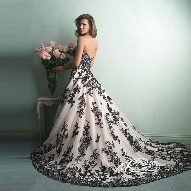 Vestido De Noiva Sweetheart White And Black Wedding Dress Ball Gown Wedding  Gowns With Black Lace 9cbf07380853