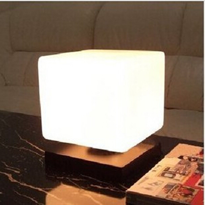 Modern Brief Frozen Ice Cube Glass Solid Wood Table Light