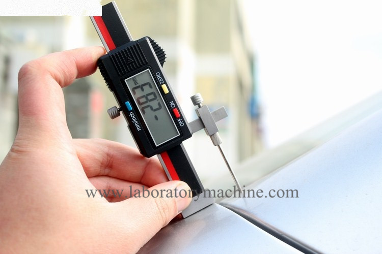 Automotive industry with a digital display surface of the difference in the size of the ruler / cursor off the difference gauge new original nbb2 8gm30 e0 warranty for two year