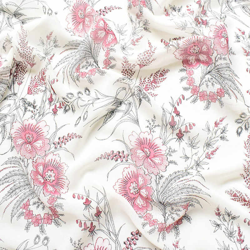 2019 new high-viscose chiffon fabric spring/summer printed fabric fabric white background vintage florets soft