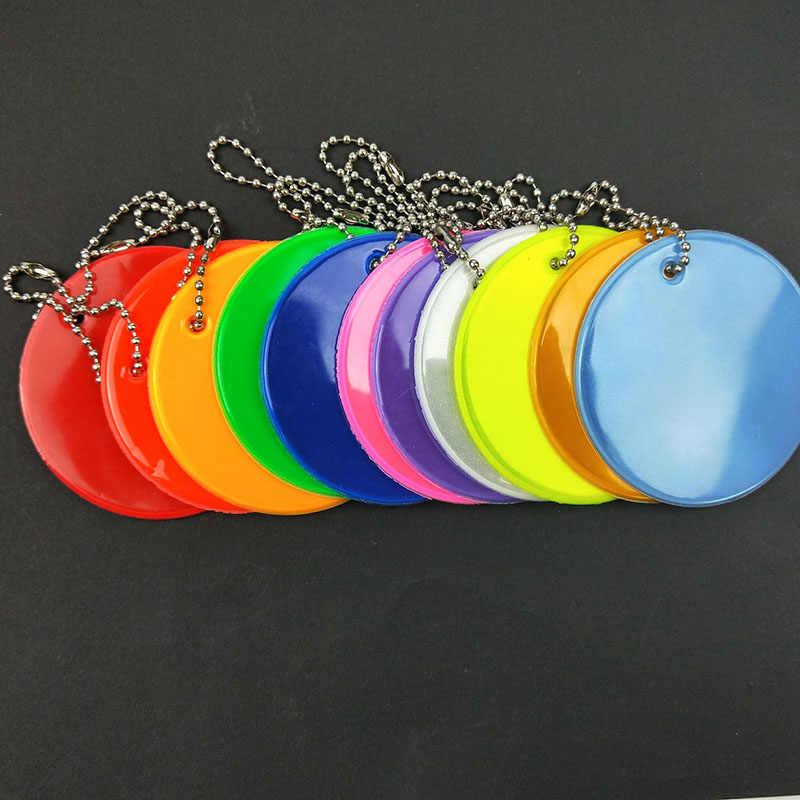11 renkler Yumuşak pvc reflektör Yansıtıcı çanta anahtarlığı kolye aksesuarları Yüksek görünürlük anahtarlıklar trafik görünür güvenlik kullanımı
