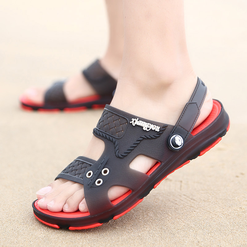 2018 Summer Mens Shoes Leather Slippers Slip-On Garden Breathable Mens Sandals Plus Size Male Beach Croc Shoes Flip Flops
