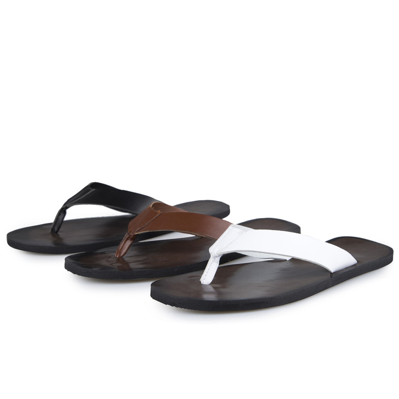 7220d3611d5ef Summer Style Men Designer Flip Flops Genuine leather Leather Sandals Good  Quality Daily Life Wear Men Footwear Sandals D53-in Women s Sandals from  Shoes on ...