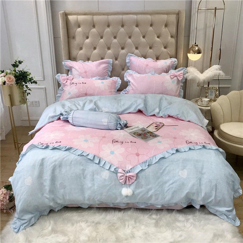 Young Girl Style Bedding Set 4 Pcs Queen Bow Knot Leopard Pink Heart Duvet Cover Pillowcase Flat Bed Sheet Queen Home TextileYoung Girl Style Bedding Set 4 Pcs Queen Bow Knot Leopard Pink Heart Duvet Cover Pillowcase Flat Bed Sheet Queen Home Textile