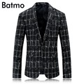 2017 new arrival high quality  fashion single button casual blazer men Classic plaid blazer jacket ,.size M,L,XL,XXL,XXXL.