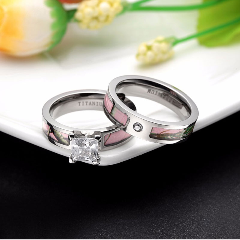engagement elegant matching spininc her camo of for rings diamond
