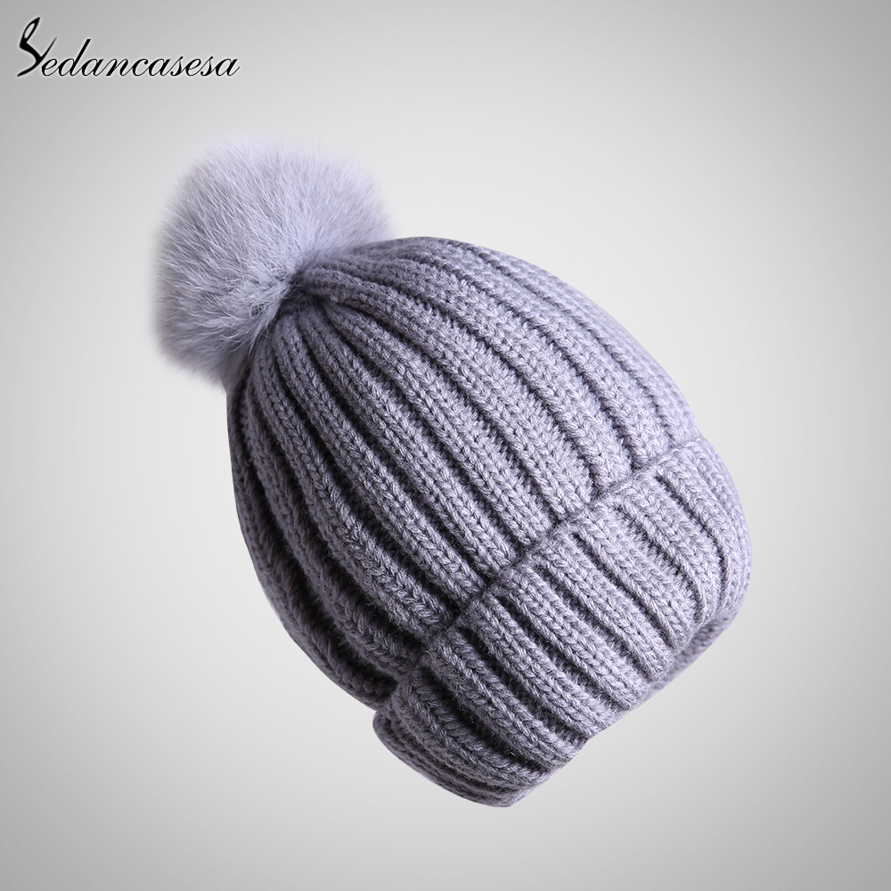 ФОТО Sedancasesa Fashion 2017 Autumn And Winter Female Hats Hot Selling Knitting Cap pompom Casual beanie Cap For Women AA150050