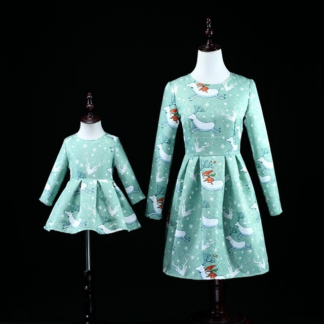 Зима синий Рождество лось печатает платье мама девушки длинные pleat партии юбки семьи сопоставления одежда набор мать и дочь платья