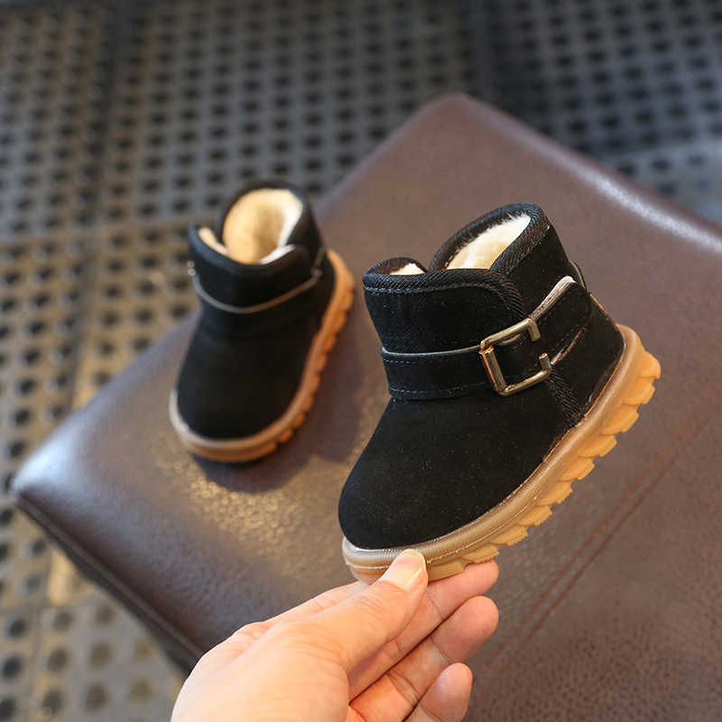 fb8f466fea0 Children uggs 1-2-3 year old winter velvet boy girls short boots female  children cotton shoes child