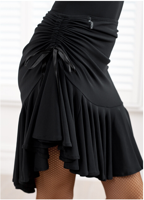 Square dance dance skirt black body skirt skirt pull rope safety pants Latin dance skirt in Latin from Novelty Special Use