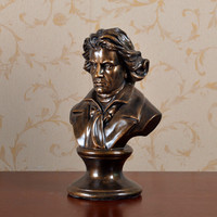 Ludwig Van Beethoven Bust Statue Western Classical Resin Craftwork Office Hotel Clubhouse Living Room Decoration Gift L2576