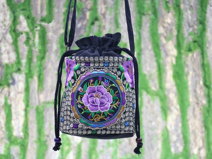 Bohemian Embroidery Shopping Bucket Bag!Nice National Floral Embroidered Shoulder&Handbags  Vintage Canvas Holder